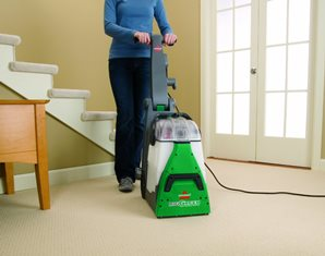 Which is the Best Carpet Steam Cleaner to Buy